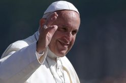 Папата именуваше кардинали за затвoрање на Светите врати