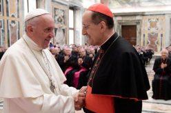 Папата: Жалосно е кога свештеникот живее само за себе