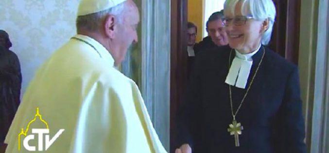 Папата даде интервју по повод посетата на Шведска