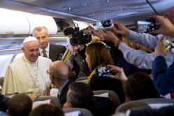 Нема ракополагање на жени во Католичката црква