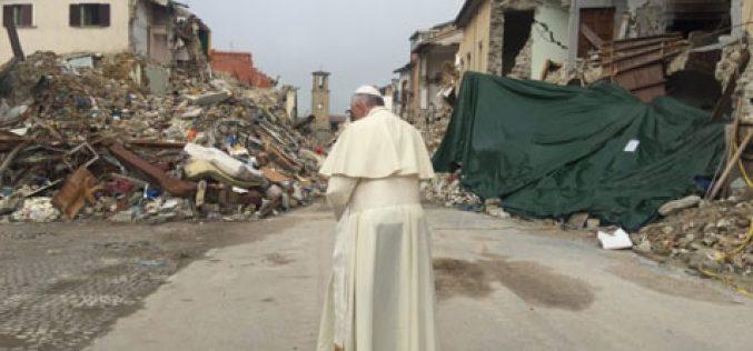 Папата телефонираше со надбискупот на Сполето-Нурсија