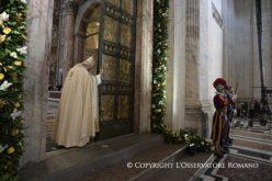 Папата: Ќе значи многу малку ако веруваме дека Исус е Цар на вселената, а не го направиме Господ на нашите животи