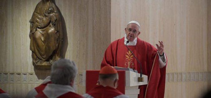 Папата: Кој му е верен на Бог не се плаши од смртта