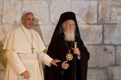 Папата упати порака до патријархот Вартоломеј I