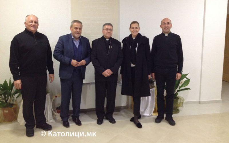 Бискупот Стојанов го прими градоначалникот на Загреб Бандиќ