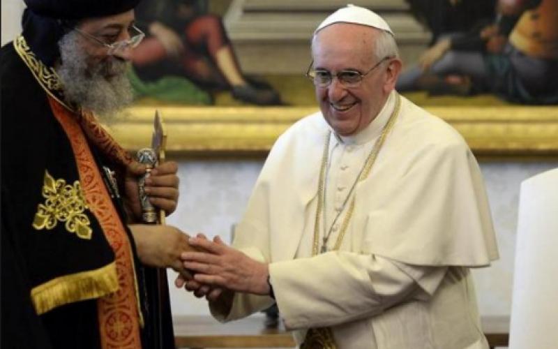 Папата со сочувство до коптскиот патријарх: Обединети преку крвта на мачениците