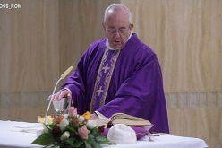 Папата: Клерикализамот ги оддалечува луѓето од Црквата