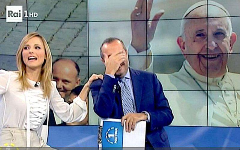 Папата се јави директно во програма на РАИ