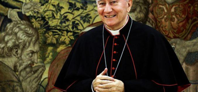 Кардинал Паролин: Треба да се отстранат причините на тероризмот