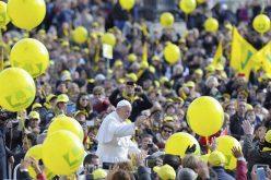 Во текот на 2016 Папата примил околу 4 милиони верници