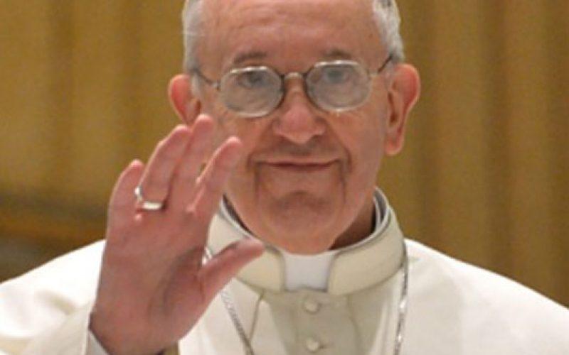 Папата на твитер за благодарност до Господ за изминатата година