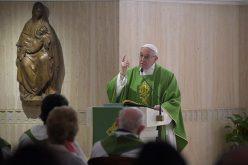"""Папата: Во срцето се одигрува она """"денес"""" на нашиот живот"""