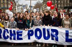 """Папата со порака до учесниците на """"Марш за живот"""" во Париз"""