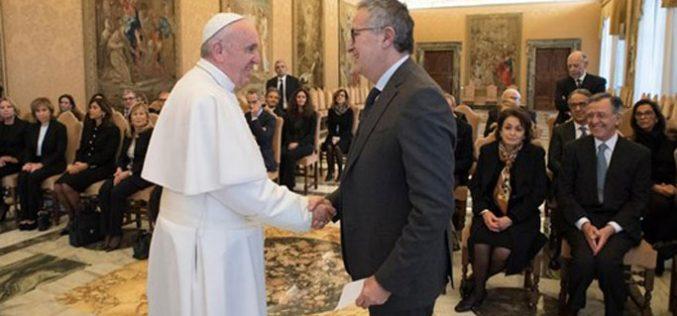 Папата: Мафијата и тероризмот се израз на културата на смртта