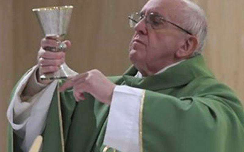 Папата: Ослободи нѐ Боже од малодушноста