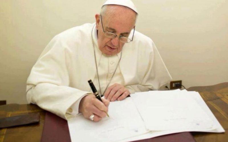 Сочувство од папата Фрањо за атентатот во Квебек