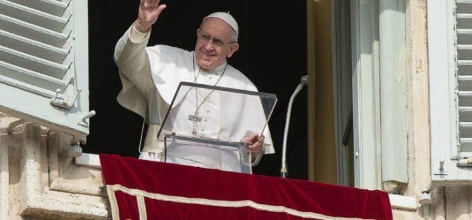 Папата: Животот е свет