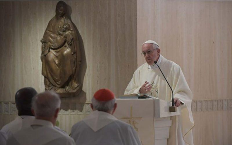 Папата: Го убиваш својот брат, ако имаш зло чувство кон него