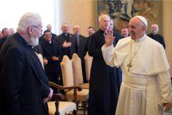 Папата: Одете храбро кон мисионерските граници