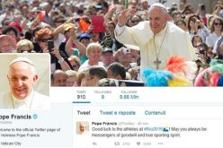 Преку Твитер Папата повика да ги прифатиме отфрлените