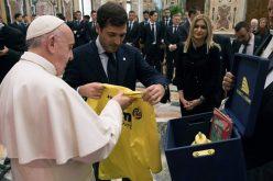 Папата ги прими фудбалерите на Виљареал