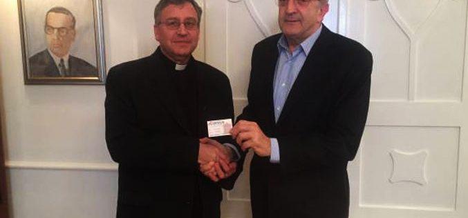 """Претседателот на """"Напредак"""" проф. Топиќ го прими епископот Стојанов"""