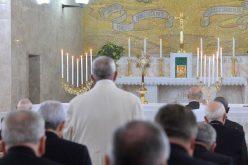 Започнаа духовните вежби за Папата и членовите на Римската курија