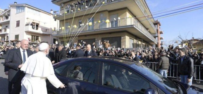 Папата се врати во Ватикан