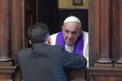 Папата: Добрите исповедници немаат работно време