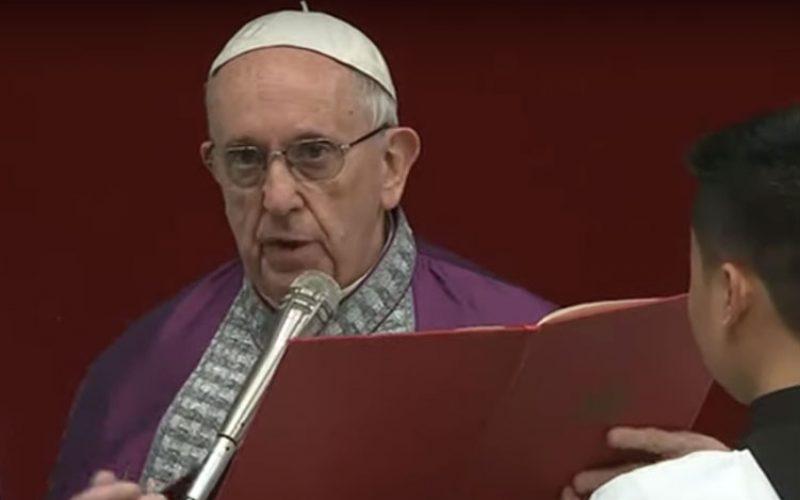 Папата предводеше покорничка богослужба во базиликата Свети Петар