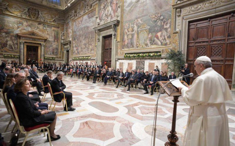 Папата се сретна со европските лидери