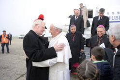 Папата Фрањо пристигна во Милано