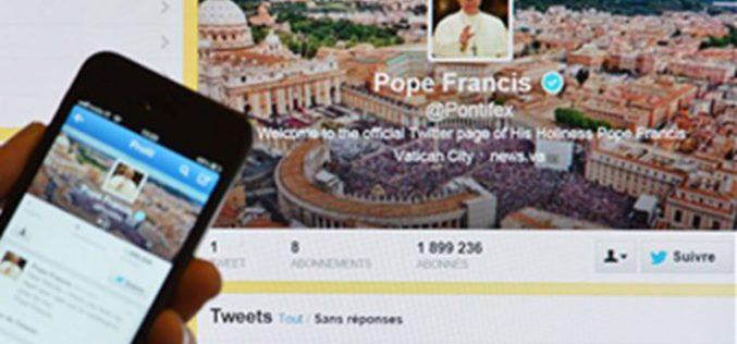 Папата напиша Твитер пораки за мисионерите маченици