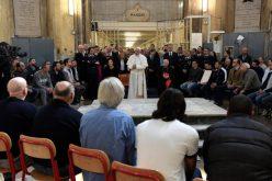 Папата го посети миланскиот затвор Сан Виторе