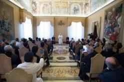 Папата ги прими во аудиенција членовите на редот сомасканци