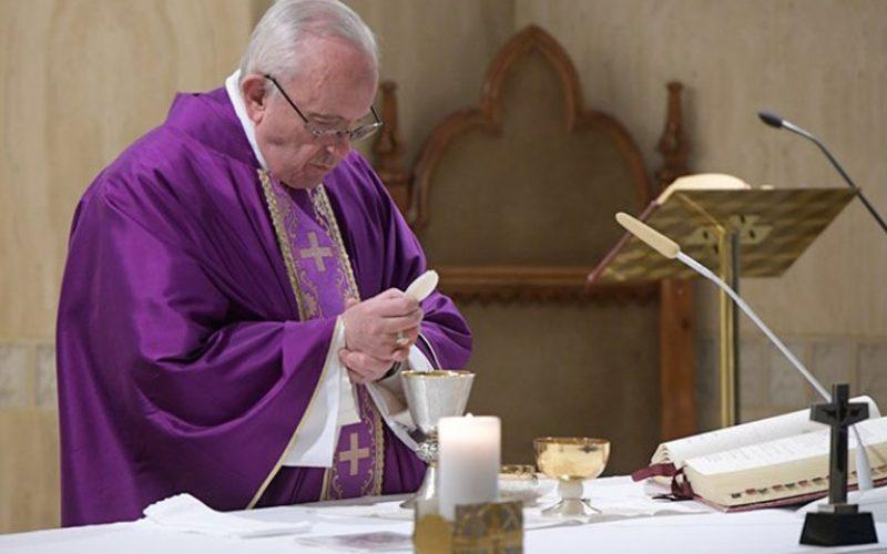 Папата: Да се запрашаме дали Бог плаче заради мене