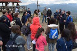 Крстен пат на Водно за мир во Македонија