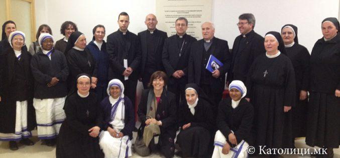 Честитики од Богопосветените лица до бискупот Стојанов
