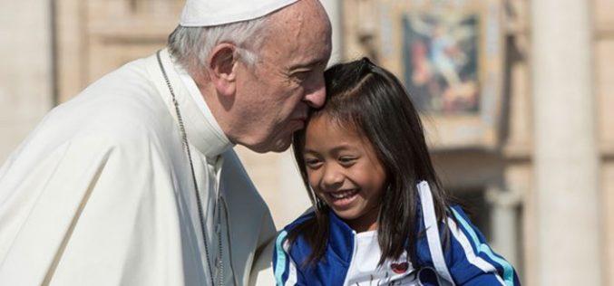 Папата: Христијанската надеж извира од крстот