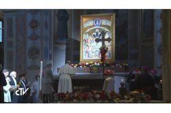 """Папата Фрањо на молитвено бдение за """"новите маченици"""""""