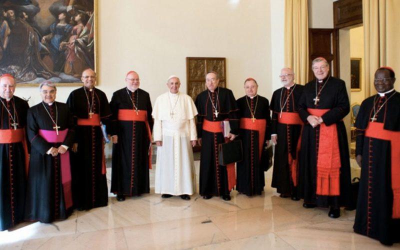 Кардиналскиот совет дискутираше за евангелизацијата
