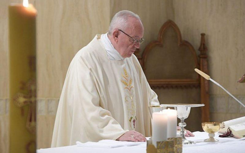 Папата Фрањо: Христијанинот е сведок на послушноста