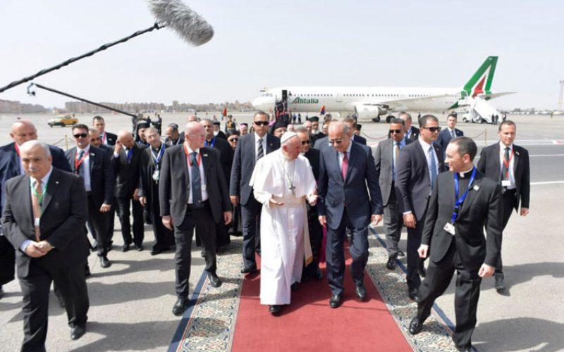 Светиот Отец пристигна во Египет