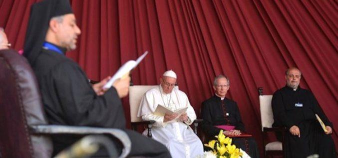 Средба на Папата со клерот и богопосветените лица од Египет