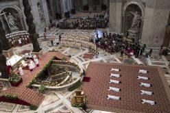 Светиот Отец ракоположи десет нови свештеници
