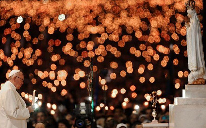 Папата: Да бидеме поклоници со Марија во нашиот живот