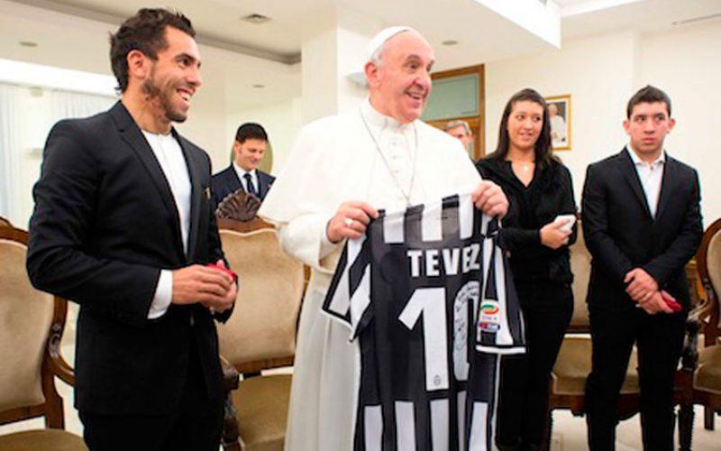 Папата се сретна со фудбалерите на Јувентус и Лацио