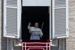 Папата: Да го ставиме Бог во центарот на својот живот
