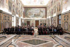 Папата најави вонредно време за молитва и размислување