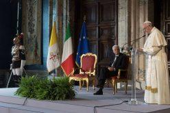 Папата го посети претседателот на Италија Серџо Матарела